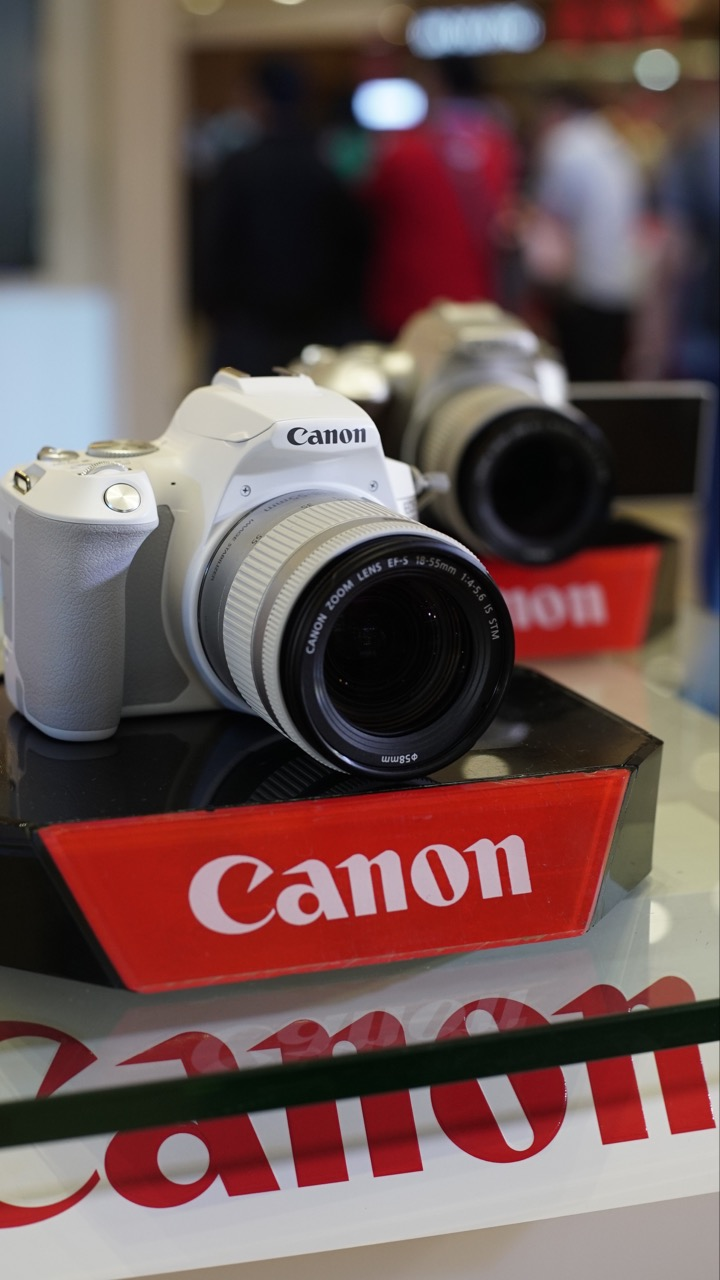 Canon introduces 2 new cameras to love